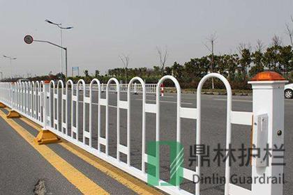 交通护栏网